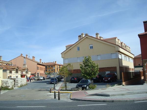 Locales en Torrecaballeros (22694-0001) - foto0
