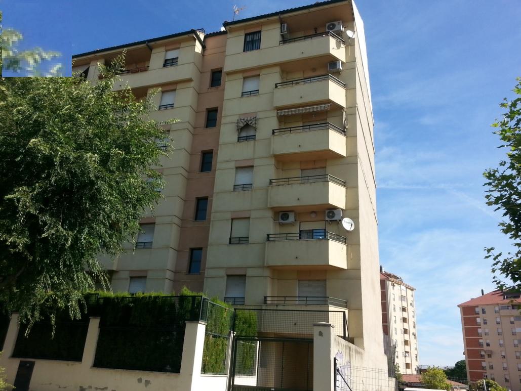 Piso en venta con 100 m2, 3 dormitorios  en Egido de Belén - San Roque