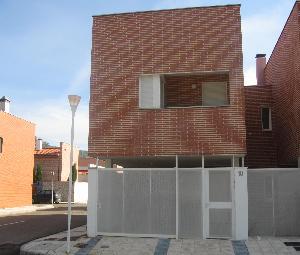 Chalet adosado en Cabezón de Pisuerga (22737-0001) - foto1
