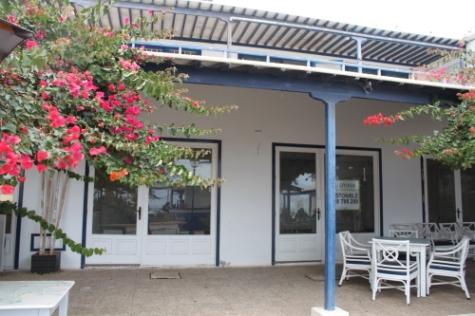 Locales en Teguise (Centro Comercial Maretas) - foto1