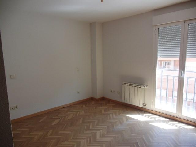 Apartamento en Valdemoro (30180-0001) - foto1