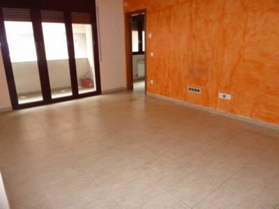 Apartamento en Centelles (30254-0001) - foto0