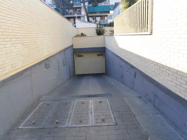 Garaje en Madrid (30284-0001) - foto0
