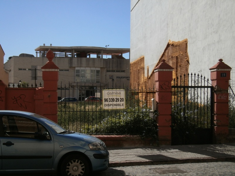 Solares en Valencia (31837-0001) - foto1