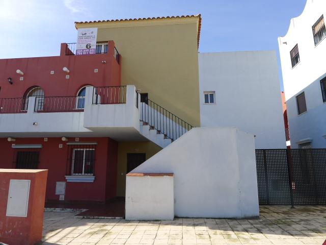 Edificio en Burguillos (M78482) - foto3