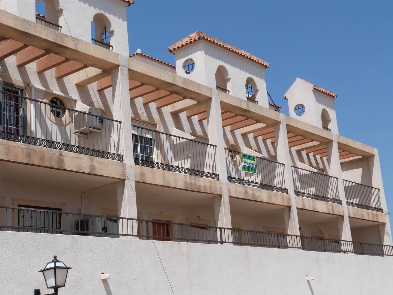 Chalet adosado en Torremendo (32085-0001) - foto0