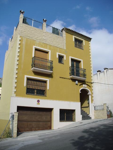 Apartamento en Callosa d´En Sarrià (33407-0001) - foto0