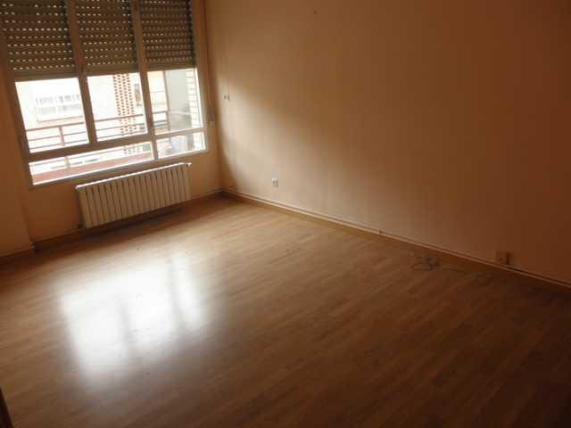Apartamento en Logroño (33477-0001) - foto2