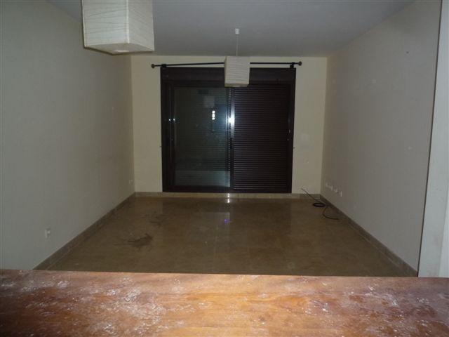 Apartamento en Manilva (33584-0001) - foto2