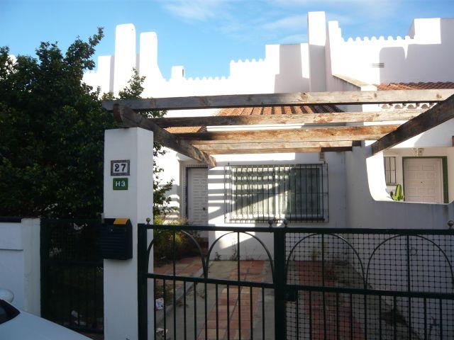 Chalet adosado en Vélez-Málaga (33622-0001) - foto0