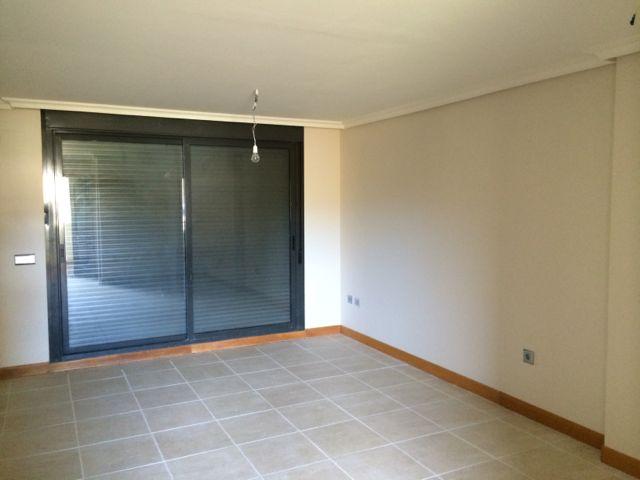 Apartamento en Estepona (34007-0001) - foto1