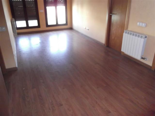 Apartamento en Sils (34282-0001) - foto5
