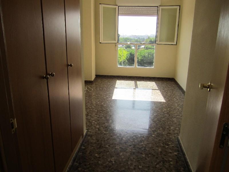 Apartamento en Paterna (34514-0001) - foto2