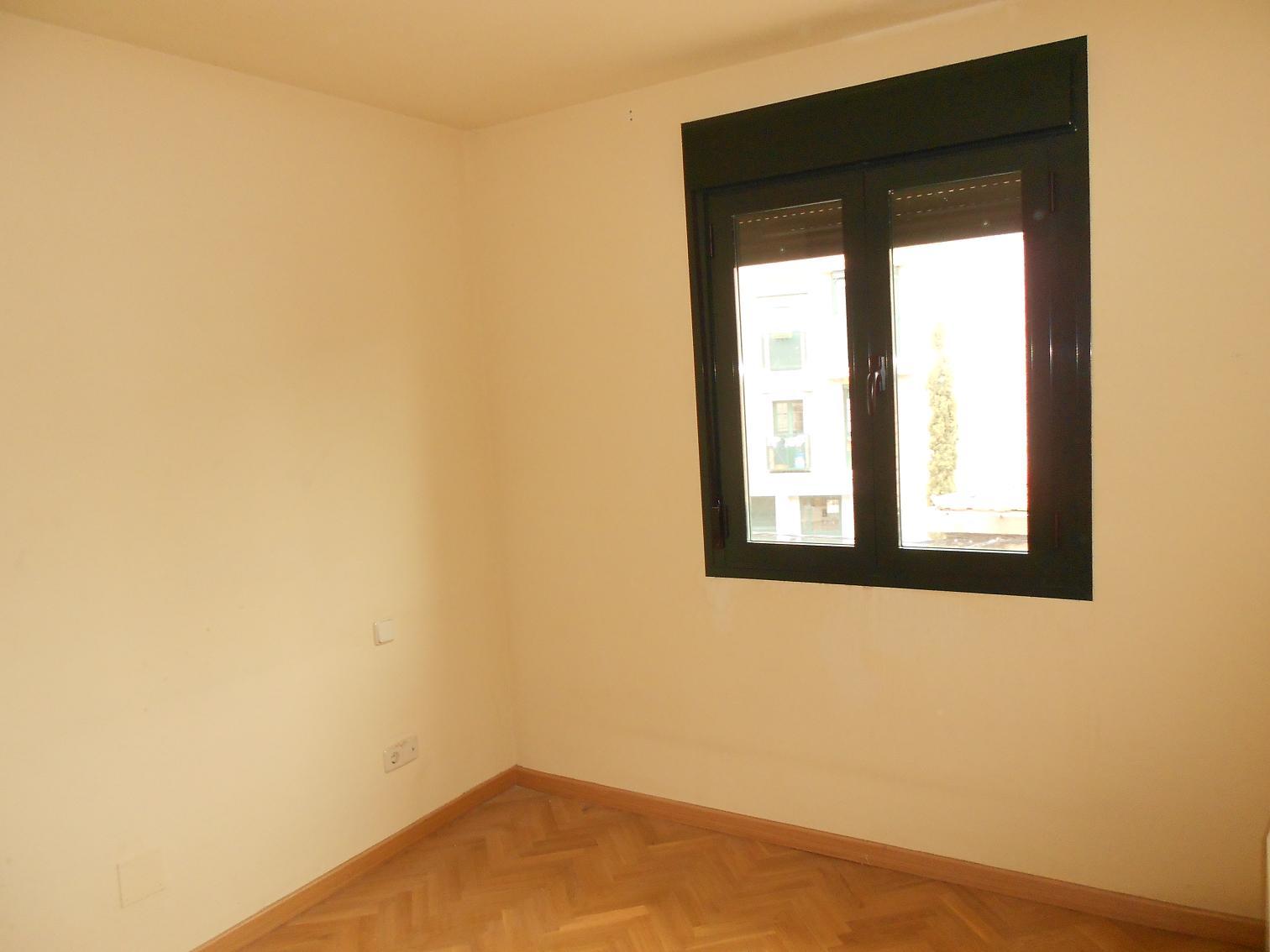Apartamento en Miraflores de la Sierra (34683-0001) - foto3