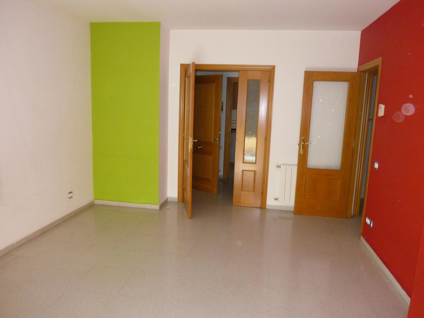 Apartamento en Santa Coloma de Gramenet (34837-0001) - foto1