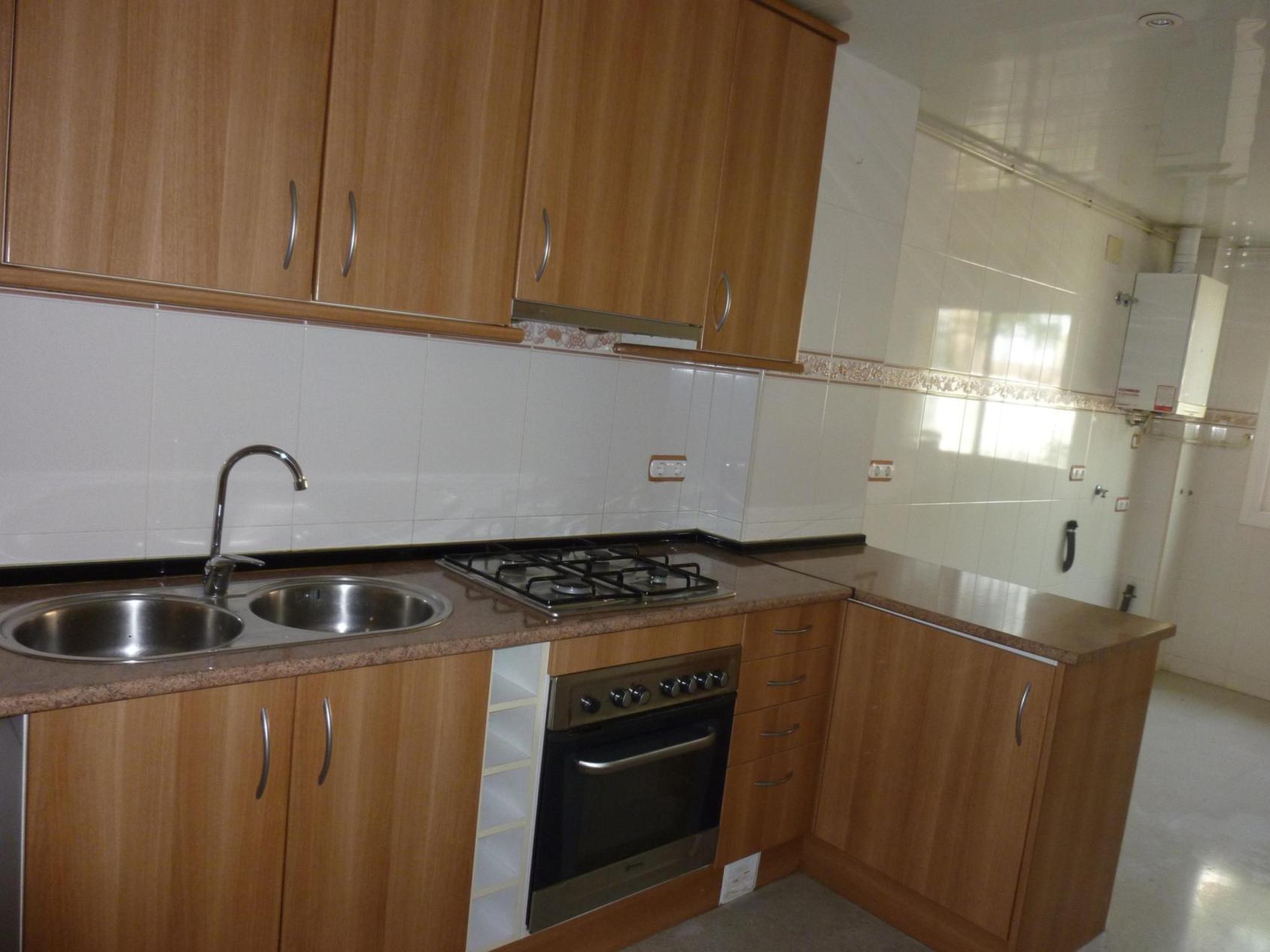 Apartamento en Santa Coloma de Gramenet (34837-0001) - foto4