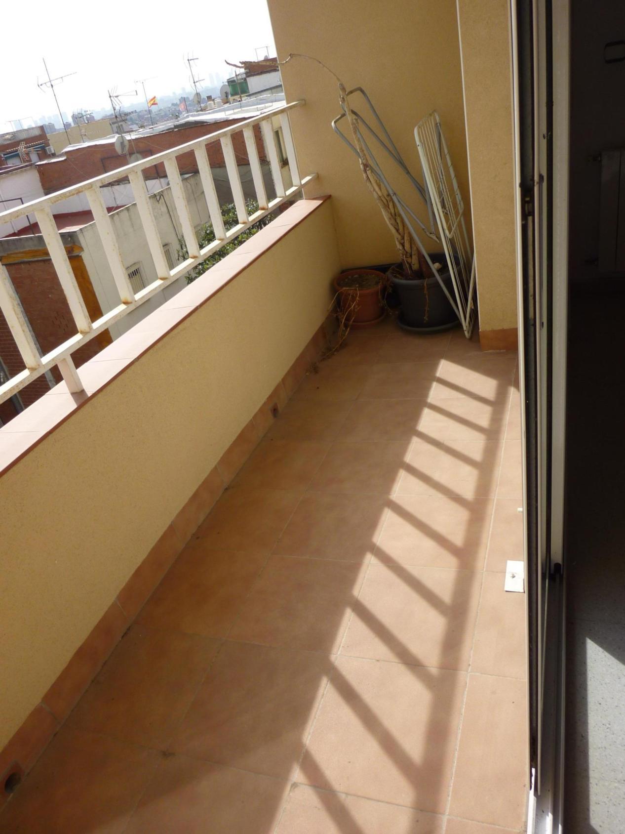 Apartamento en Santa Coloma de Gramenet (34837-0001) - foto5