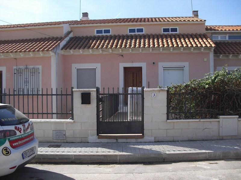 Chalet adosado en Villamanrique de Tajo (35520-0001) - foto1