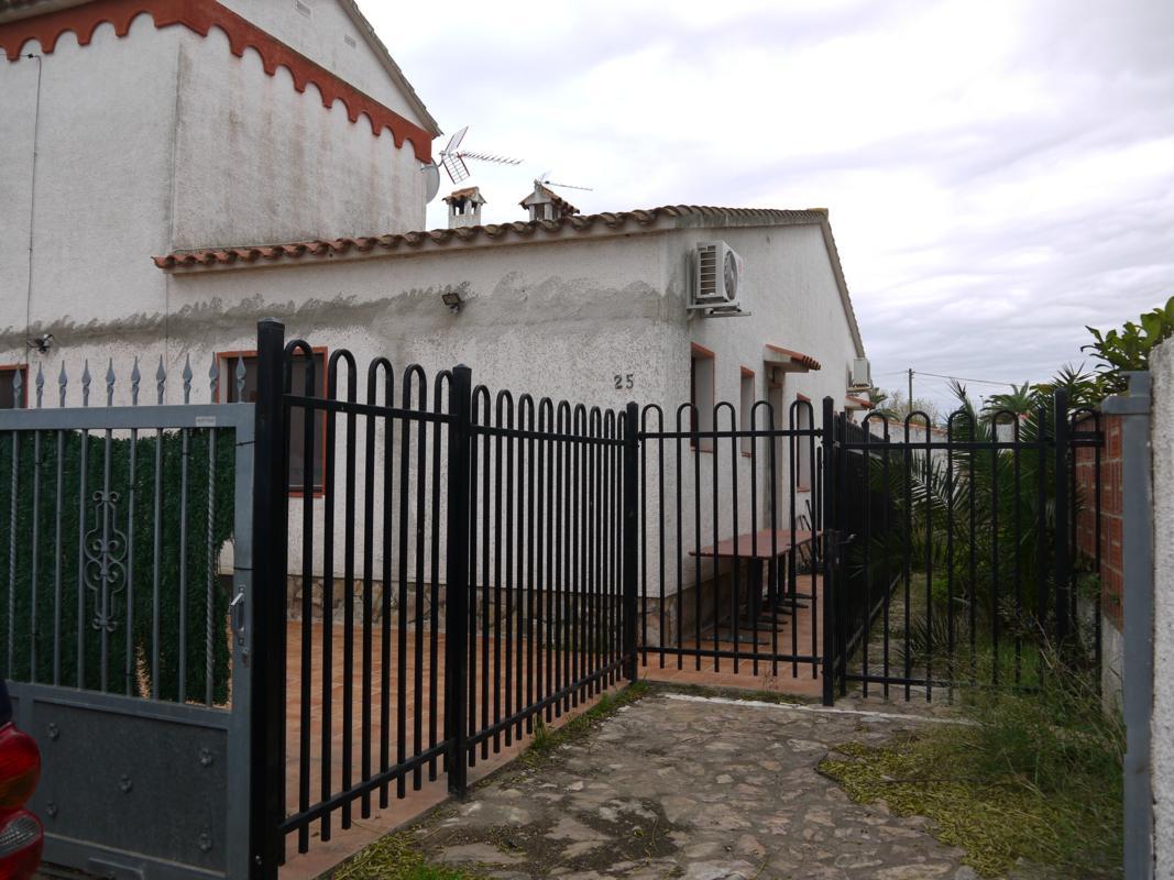 Chalet adosado en Castelló d'Empúries (35645-0001) - foto0