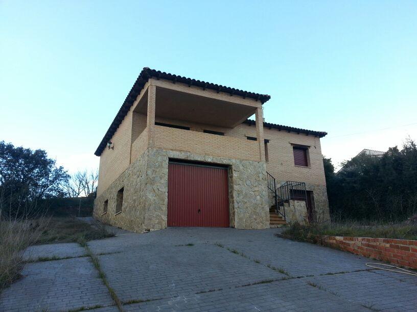 Edificio en Casar (El) (36400-0001) - foto0