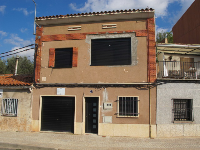 Chalet adosado en Manresa (36583-0001) - foto0