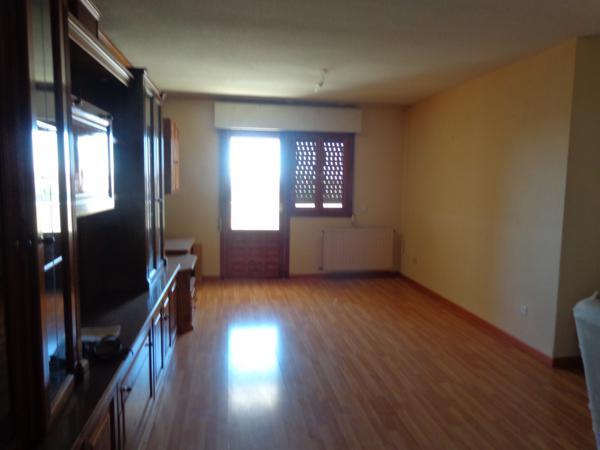 Apartamento en Cobeña (37282-0001) - foto1