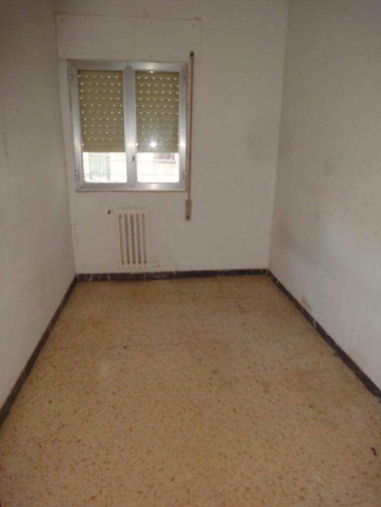 Apartamento en Monzón (37394-0001) - foto1