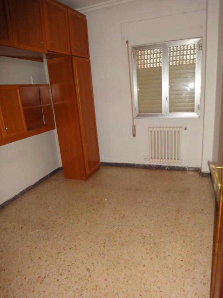 Apartamento en Monzón (37394-0001) - foto3