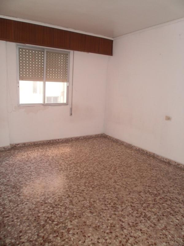 Apartamento en Gandia (42136-0001) - foto1
