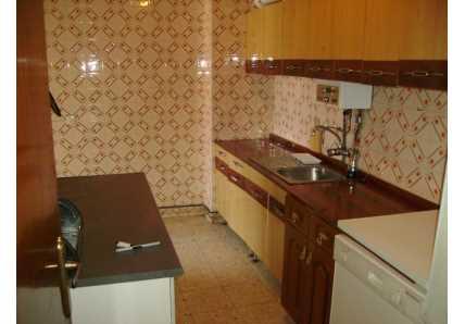 Apartamento en Velilla de San Antonio - 1