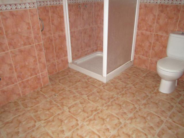 Edificio en Fernán-Núñez (42510-0001) - foto1