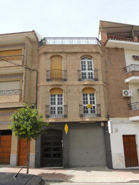 Edificio en Fernán-Núñez (42510-0001) - foto0