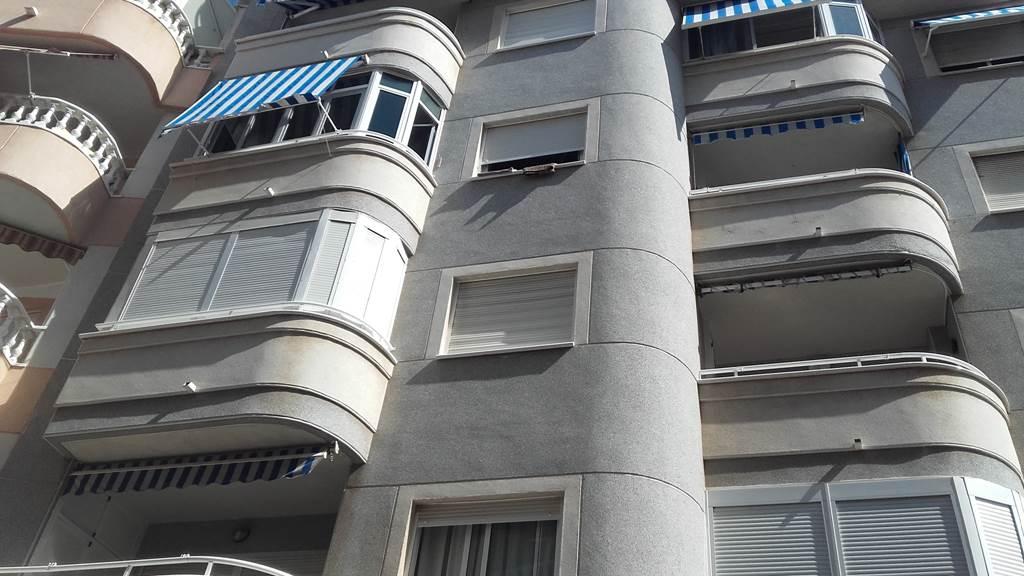 Piso en Torrevieja (93002-0001) - foto0