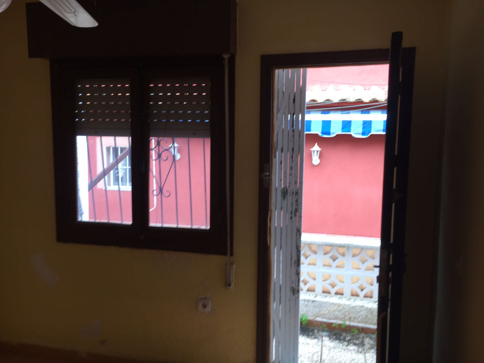 Chalet adosado en Torrevieja (77432-0001) - foto2