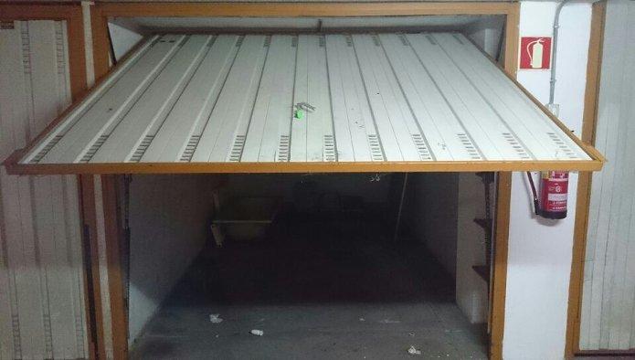 Garaje en Escalante (10003-0002) - foto2