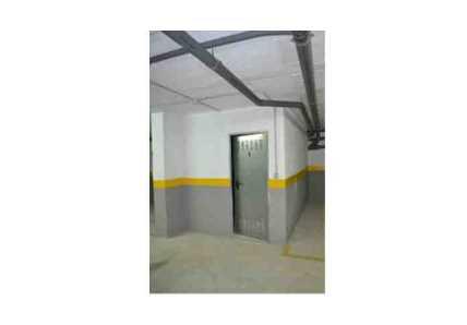 Garaje en Estepona - 1