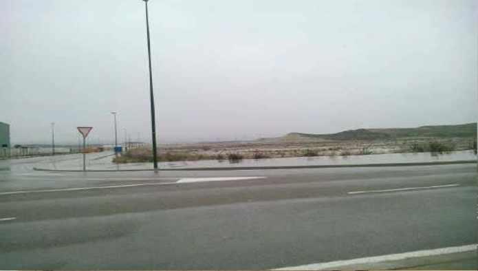 Solares en Zaragoza (M50257) - foto1