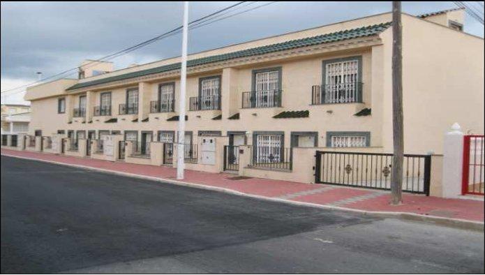 Edificio en Torrevieja (M54644) - foto0