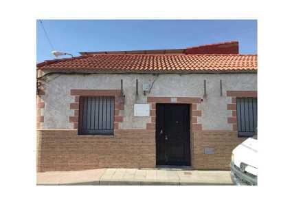 Casa en Puertollano (64437-0001) - foto1
