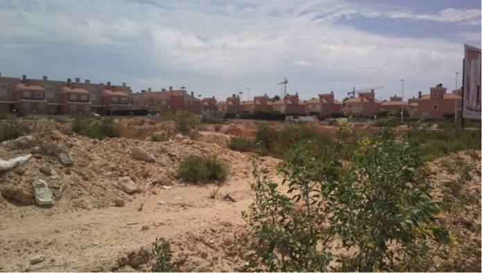 Solares en Arenales / Gran Alacant (90687-0001) - foto1