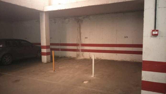 Garaje en Granada (Edificio Royal) - foto1