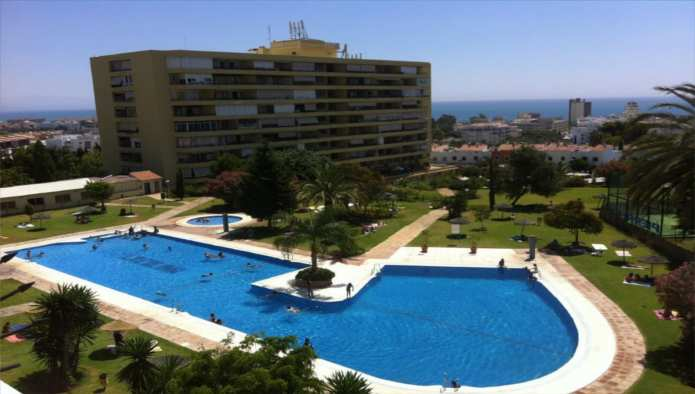 Apartamento en Torremolinos (23054-0001) - foto1