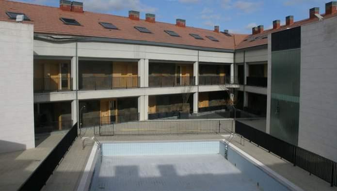 Edificio en Simancas (M71186) - foto3