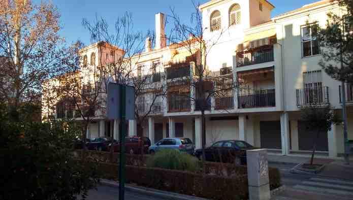 Locales en Granada (M55065) - foto0