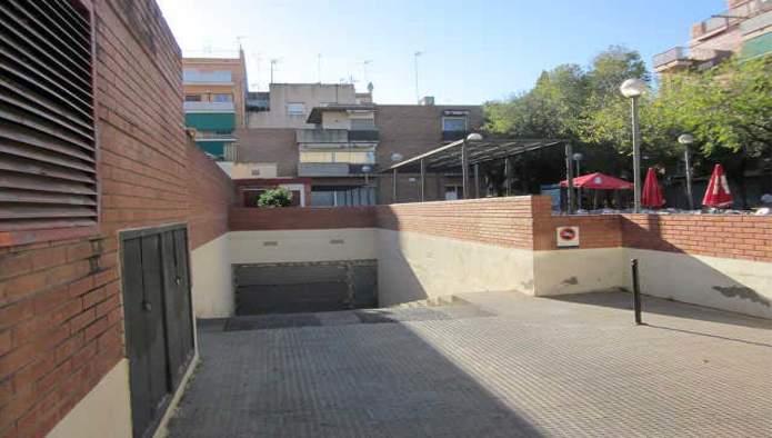 Garaje en Esplugues de Llobregat (M31182) - foto0