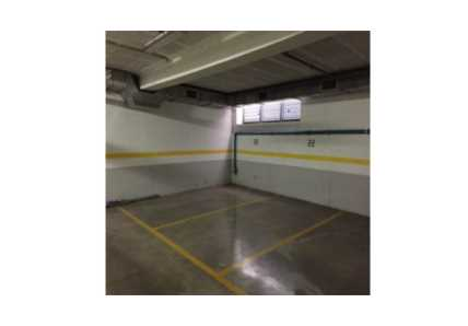 Garaje en Vigo - 1