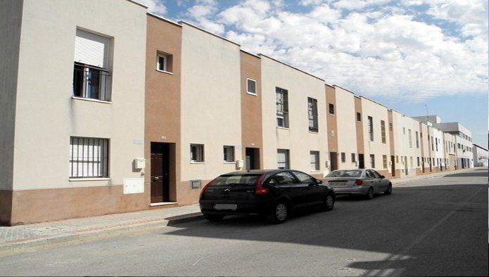 Garaje en Palacios y Villafranca (Los) (Los Palacios) - foto0