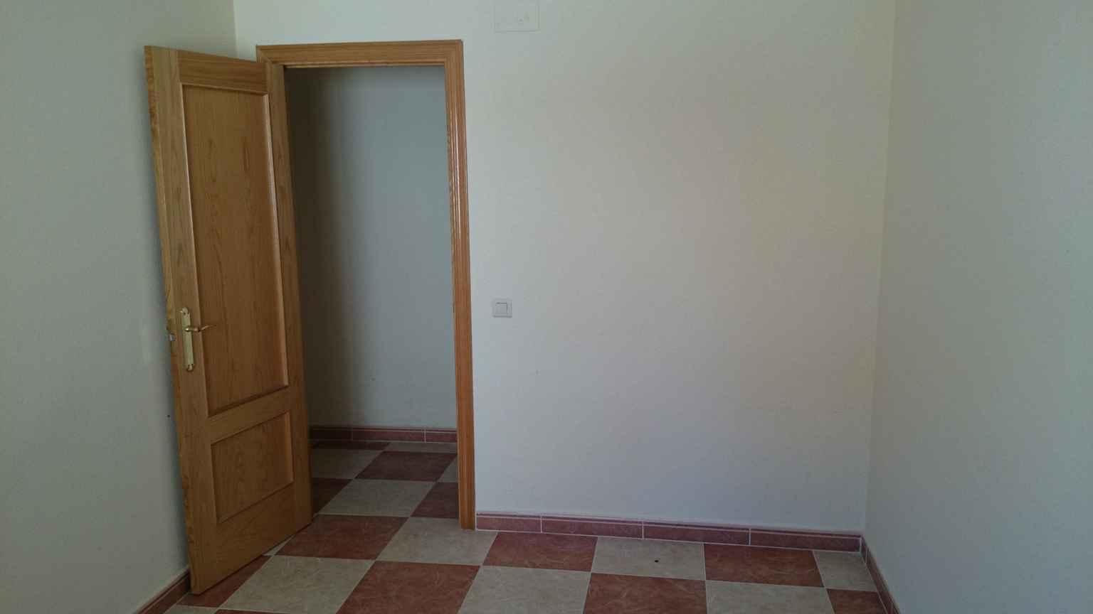 Apartamento en Fuensalida (20410-0001) - foto1
