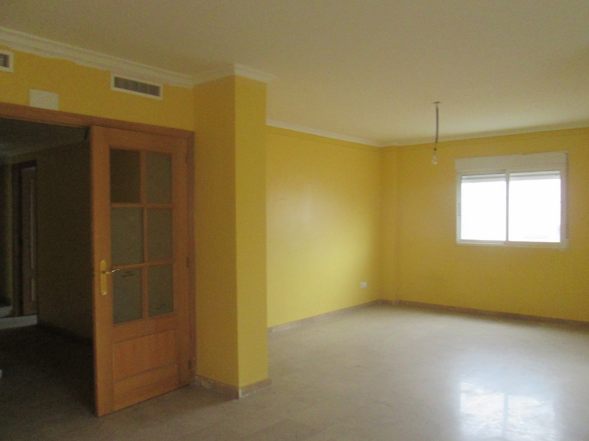 Apartamento en Carcaixent (20583-0001) - foto1