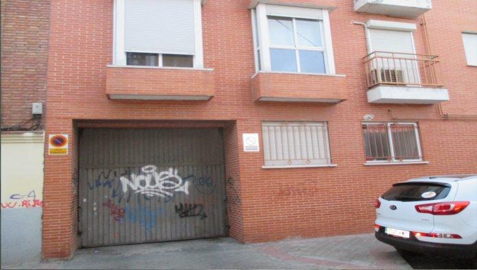 Garaje en Madrid (91977-0002) - foto1